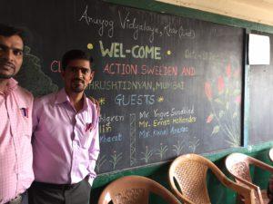 gurunath-och-mangesh-larare-i-anuyog-skolan
