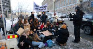 Stödet för Fridays for future och Gretas klimatstrejk växer och breddas